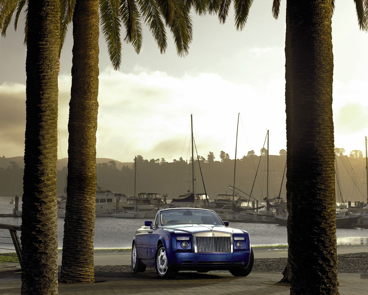 Обои на рабочий стол Rolls Royce Phantom Drophead Coupe 2008 front5 1280x1024